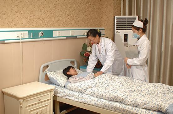 云南仁爱医院做剖腹产的价格大概是多少