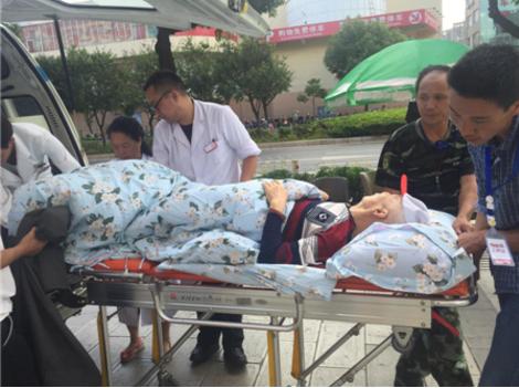 提速急救时间 仁爱医院20分钟完成接收老年病患全程